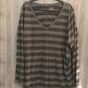 Long sleeve Lane Bryant Tshirt
